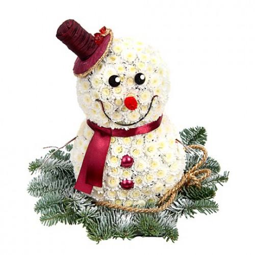 Снеговик из цветов.