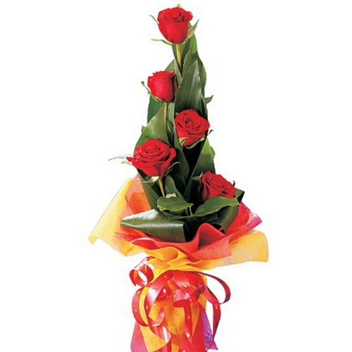 Вертикальный букет из роз