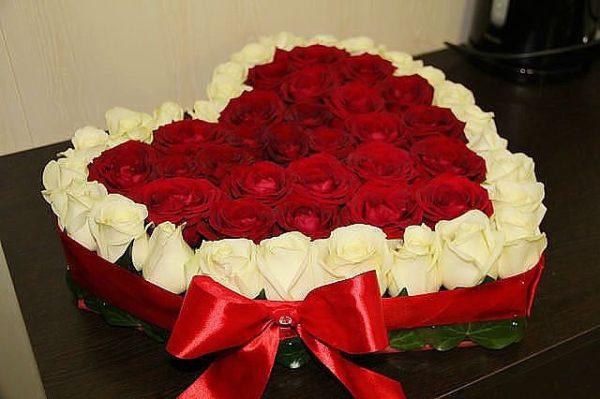 Композиция из роз «Сердце»